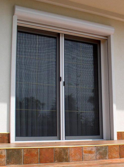 Drzwi Balkonowe Z Roletą Zewnętrzną